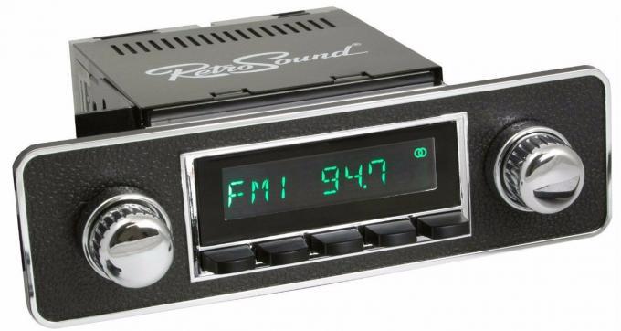 RetroSound 1961-69 Volvo P210 Long Beach Radio