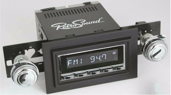 RetroSound 1961-63 Oldsmobile Cutlass/F85 Laguna Radio