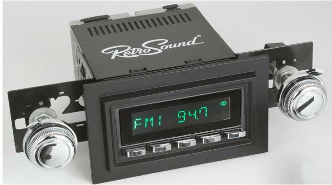 RetroSound 1974-80 Ford Pinto Long Beach Radio