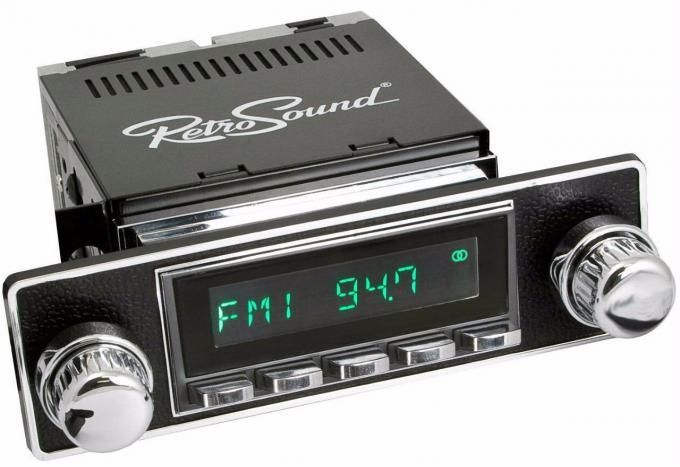 RetroSound 1955-68 Alfa Giulia Long Beach Radio