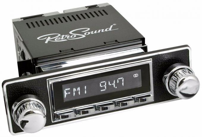 RetroSound 1962-68 Alfa Romeo 2600 Hermosa Radio