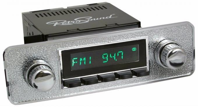 RetroSound 1969-74 Volvo 164 Long Beach Radio
